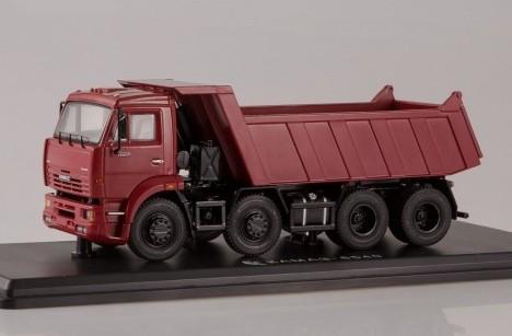 Масштабная модель КАМАЗ 6540